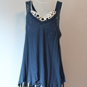 navy flowy tank with lace and pocket